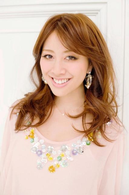 元「JJ」読者モデルでアパレルブランド「Chesty(チェスティ)」の代表、小川淳子さん(JOC提供)