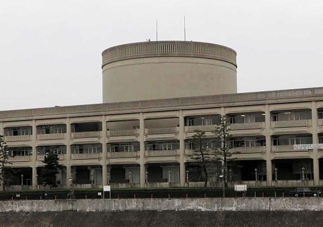宝塚市役所=宝塚市東洋町