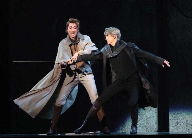神戸新聞NEXT|総合|宝塚の宙組公演ミュージカル「シャーロック・ホームズ」開幕