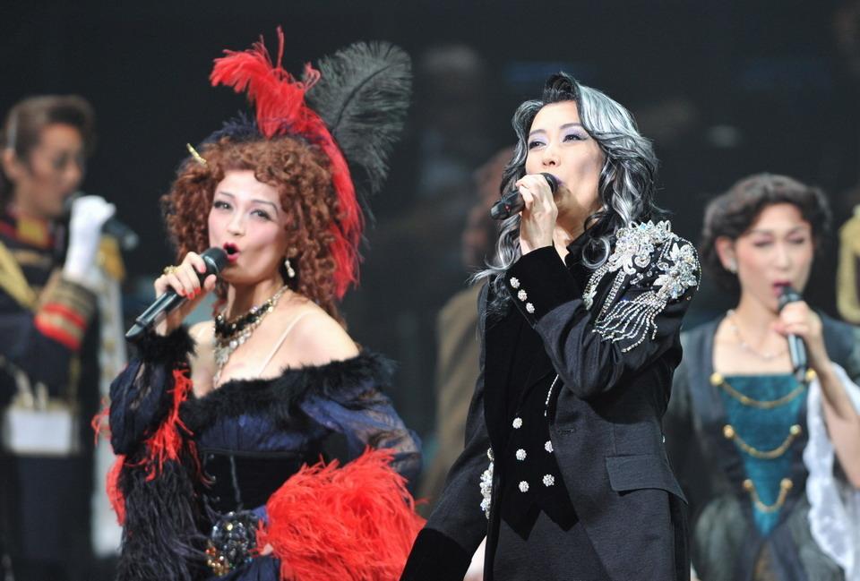 エリザベート ガラ コンサート エリザベート TAKARAZUKA25周年 スペシャル・ガラ・コンサートのチケット情報